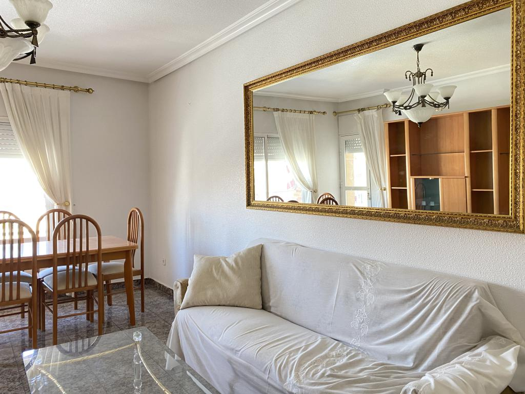 Piso de 3 Dormitorios Zona Correos